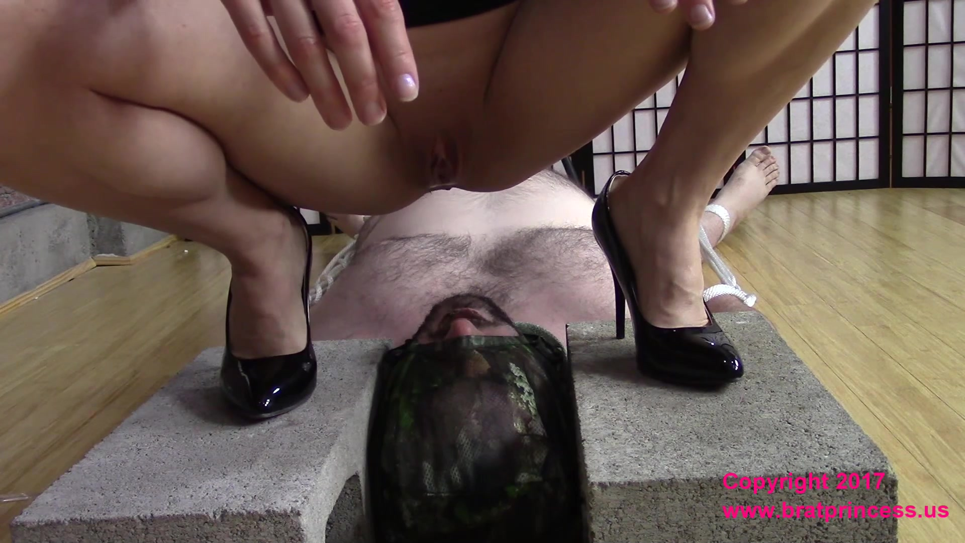 Brat_Princess_-_Lola_-_Weekend_Full_Toilet_Slave__Day_1_of_3_.00001.jpg