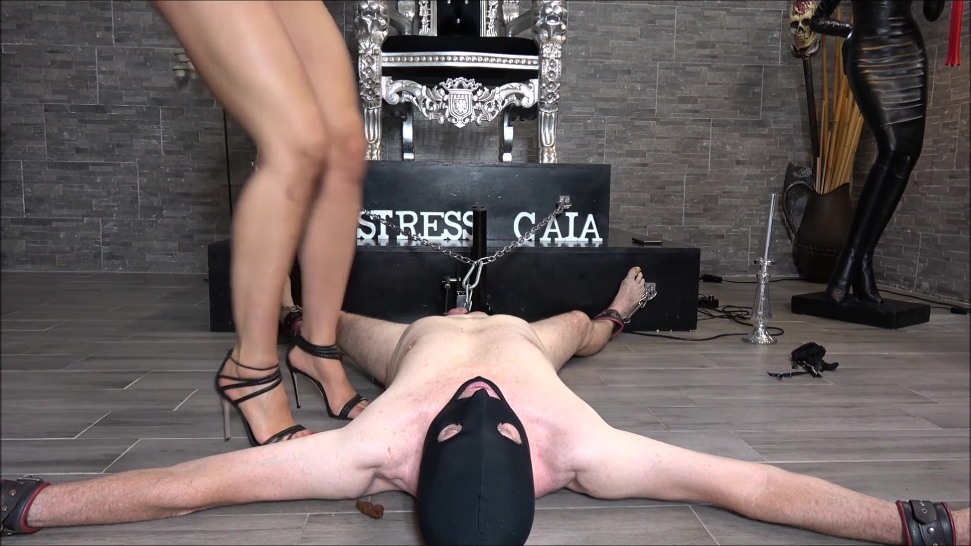 Mistress_Gaia_-_Eating_shit_for_punishment.00000.jpg