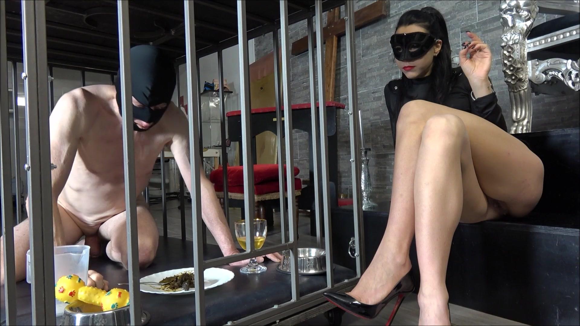 Mistress_Gaia_-_Feeding_time.00001.jpg