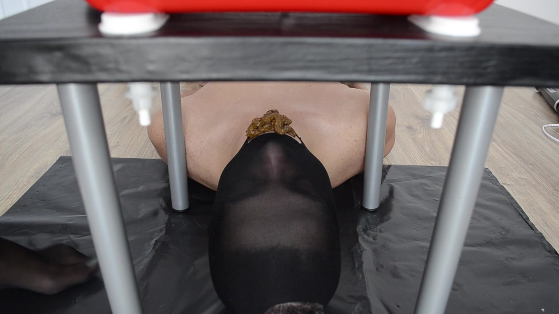 Mistress_Anna_-_Full_mouth_with_creamy_shit.00001.jpg