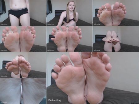 Kaidence_King_-_Lick_My_Sweaty_Feet.ScrinList.jpg