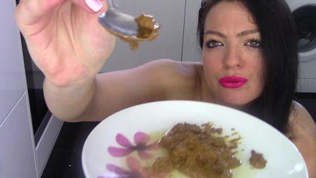 _Scatshop__Feeding_Toilet_Slave_His_Dinner_-_Full-HD-1080p.00004.jpg