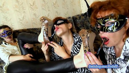ModelNatalya94_-_Licking_Shit_Off_Heels_On_Shoes_-_HD-1080p.00002.jpg