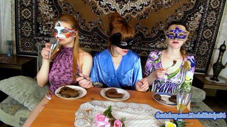 ModelNatalya94_-_Our_Morning_Breakfast_-_HD-1080p.00002.jpg