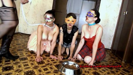 ModelNatalya94_-_Three_Dogs_And_Olga_Mistress_-_HD-1080p.00003.jpg