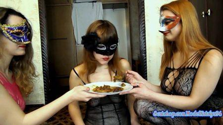 ModelNatalya94_-_Yana_Eats_Our_Shit_-_HD-1080p.00004.jpg