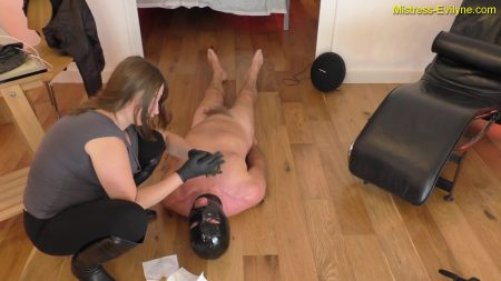 Mistress-evilyne.com_-_.mp4.00003.jpg