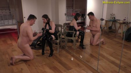 Mistress_Evilyne_-_Feeding_Time.mp4.00002.jpg