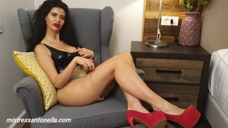 Antonella_-_Caviar_And_Eating_Instructions_-__Ceiscatoculogo_.mp4.00002.jpg