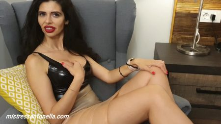 Antonella_-_Caviar_And_Eating_Instructions_-__Ceiscatoculogo_.mp4.00003.jpg