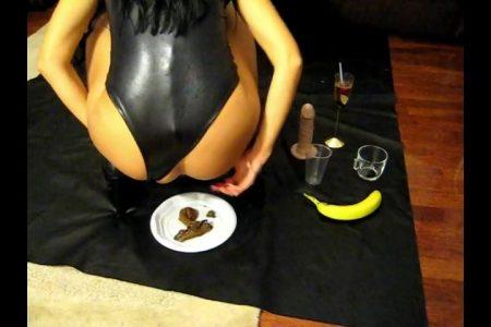 Antonella_-_Gourmet_Kaviar_Cooks_-__Fara_.mp4.00000.jpg