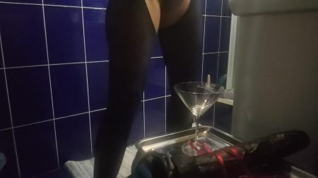Antonella_-_Huge_Strapon_With_Champagne...Happy_Holidays_My_Slaves_-__Straponandchampagne_.mp4.00002.jpg