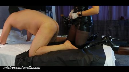 Antonella_-_Nice_Training_And_Caviar_Party_-__Bootsdtraponpoperstoiletcu-Logo_.mp4.00003.jpg