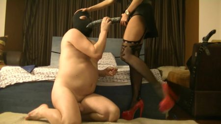 Antonella_-_Slapping_Face__Huge_Black_Strapon__Blowjob__Fisting__Anal_-__Slapping-Huge-Black-Strapon-Blowjob-Fisting-Anal_.mp4.00002.jpg