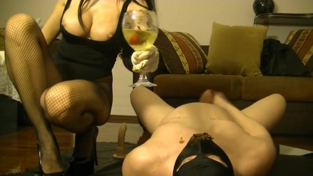 Antonella_-_Strawberries___Champagne___Chocolatte_With_Milk_From_My_Slave_-__00422_.mp4.00003.jpg