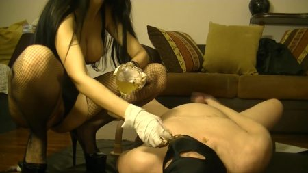 Antonella_-_Strawberries___Champagne___Chocolatte_With_Milk_From_My_Slave_-__00422_.mp4.00004.jpg