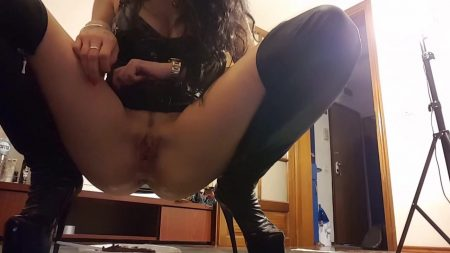 Antonella_-_Want_Some_Kaviar_-__Mistress-Antonella-Kaviar-2_.mp4.00000.jpg