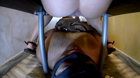 scatbb.com_-_Mistress_Anna_-_New_Toilet_2_Mistress.mp4.00002.jpg