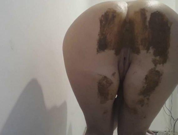 French_Panties_Huge_Load.mp4.00004.jpg