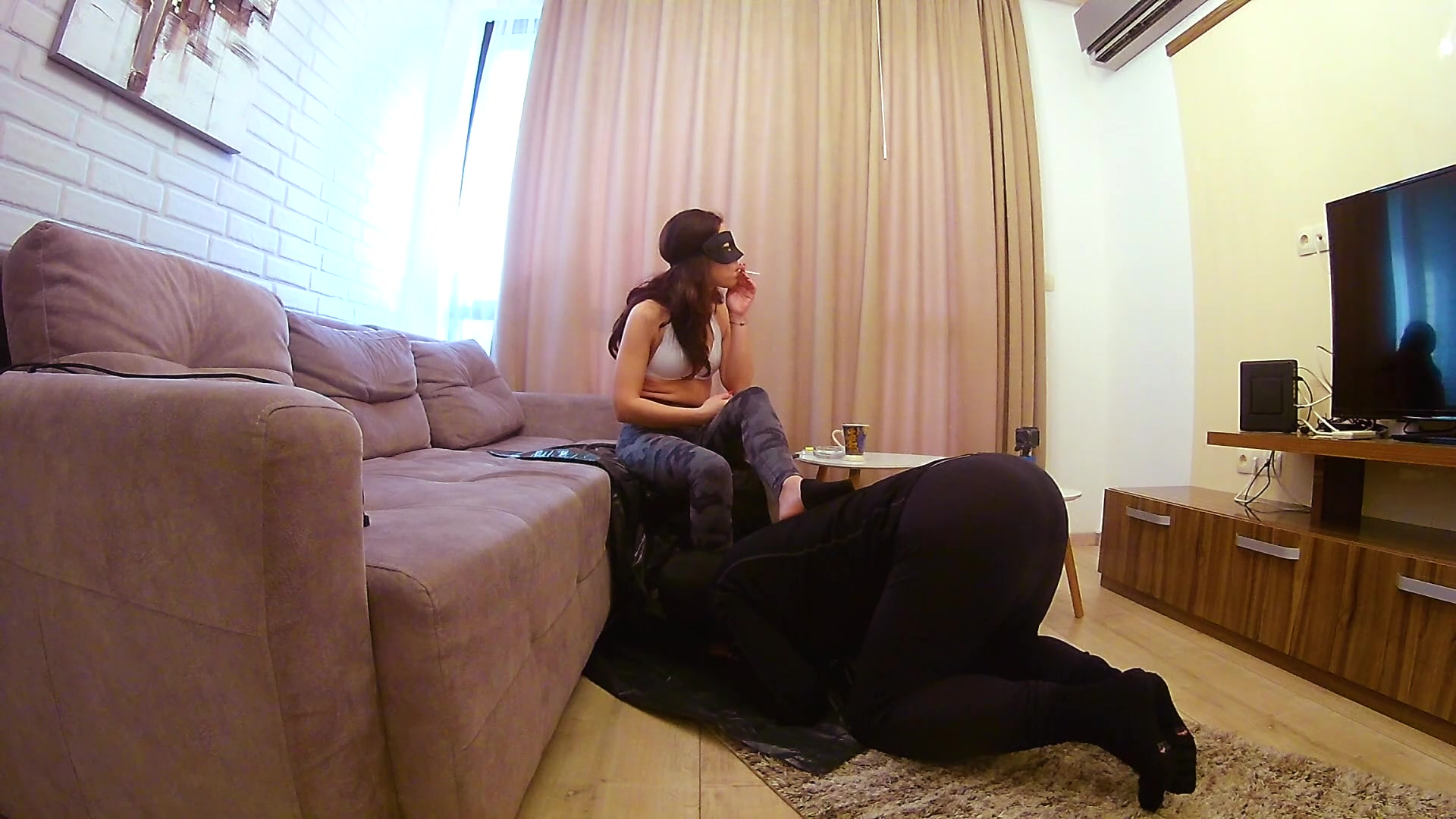 Mistress Anna - Day 4 - Eat shit and farts after the gym 00000
