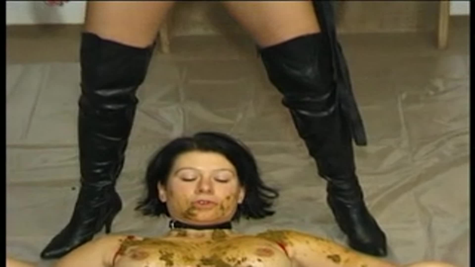 Mistress Shiva and her slavegirl 00002