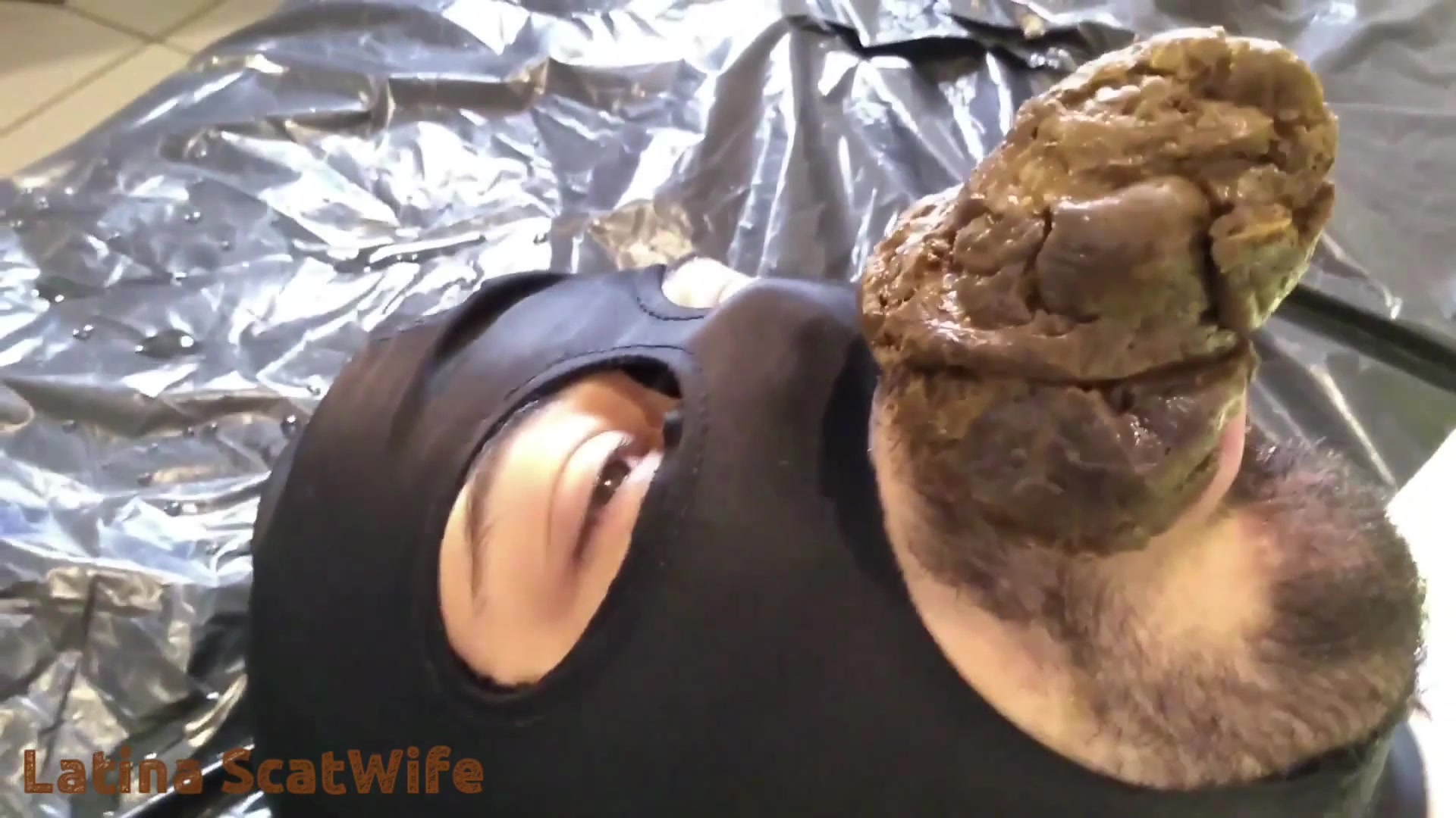 LatinaScatWife - Giving It Straight To The Slaves Mouth 00000