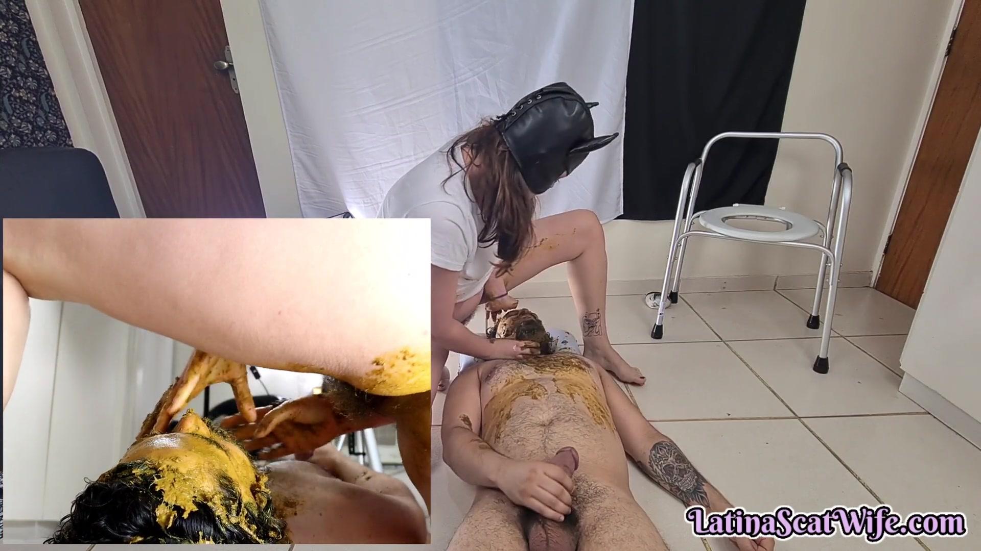 LatinaScatWife - Having Fun With The Bathroom Slave 00003